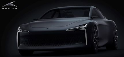 Hopium opens 1000 pre-orders after unveiling its hydrogen-powered sedan prototype