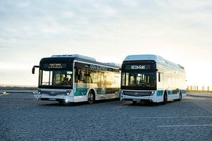 CaetanoBus hydrogen and electric buses are now co-branded with Toyota