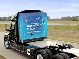 Cummins to supply 2000 hydrogen fuel cell trucks to Air Products