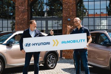 Hyundai acquires shares in H2 Mobility