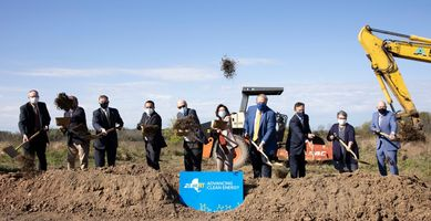 Plug Power starts construction on hydrogen plant; Linde opens hydrogen plant in US